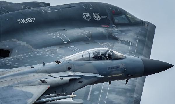 B-2 и F-15 вместе