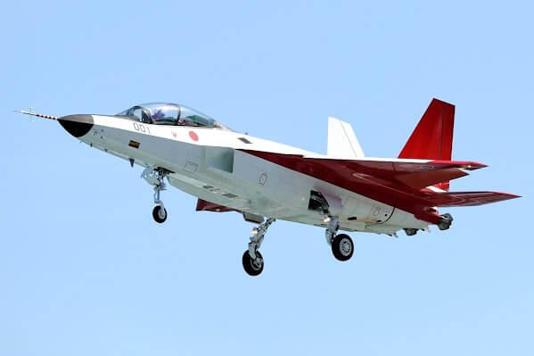 Японский малозаметный истребитель (стелс) X-2